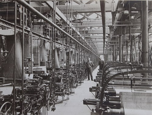 Hattersley Looms at Courtauld's mill in Halstead, 1899